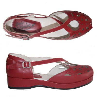 Dora - Red Leather