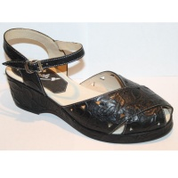 Wendy - Black Tooled Leather